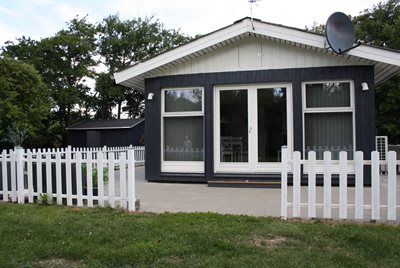 urlaub in d nemark bork vikingehavn. Black Bedroom Furniture Sets. Home Design Ideas