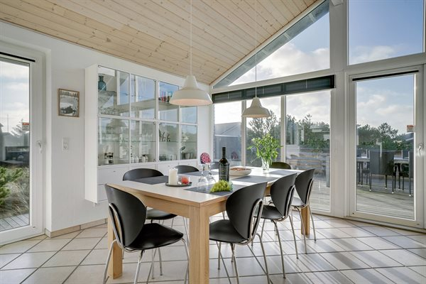 ferienhaus blavand an der nordsee in d nemark mieten. Black Bedroom Furniture Sets. Home Design Ideas