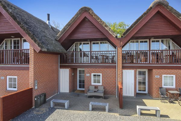 Sommerhus i ferieby, 29-2528