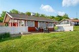 Stuga i ett semestercenter 63-0534 Löjt