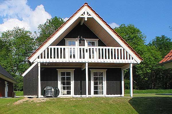 Sommerhus i ferieby, 64-3825