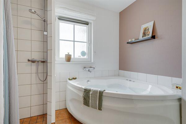 Sommerhus i ferieby, 73-0025