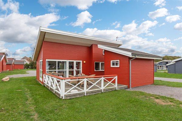 Sommerhus i ferieby, 95-5020