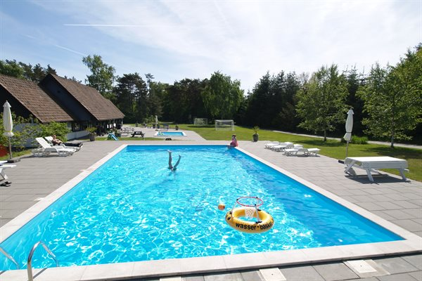 Sommerhus i ferieby, 95-9013
