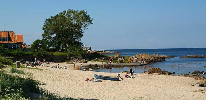 Strandleben am Allinge Strand auf  Bornholm