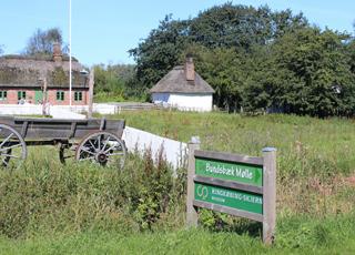 Den historiske Bundsbæk Mølle er beliggende nær sommerhusene i Dejbjerg