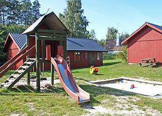 Flere legepladser hører også til aktiviteterne i Dueodde Ferieby
