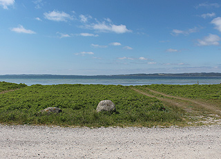Utsikt over Ebeltoft Vig fra stranden i Ebeltoft