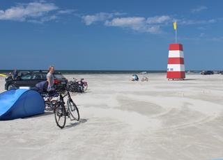 Den herlige, brede sandstrand i Rindby, meget tæt på sommerhusområdet Nyby på Fanø