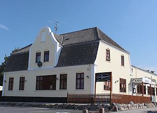 Den hyggelige Humble Kro er beliggende i landsbyen Humble bag kysten