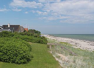 Sommerhuse bag den dejlige badestrand i ferieområdet Jørgensø
