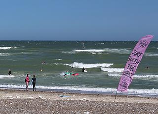 Surftræning på stranden i Klitmøller