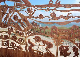 Et af kunstværkerne i serien, To på tur, på stranden i Saksild