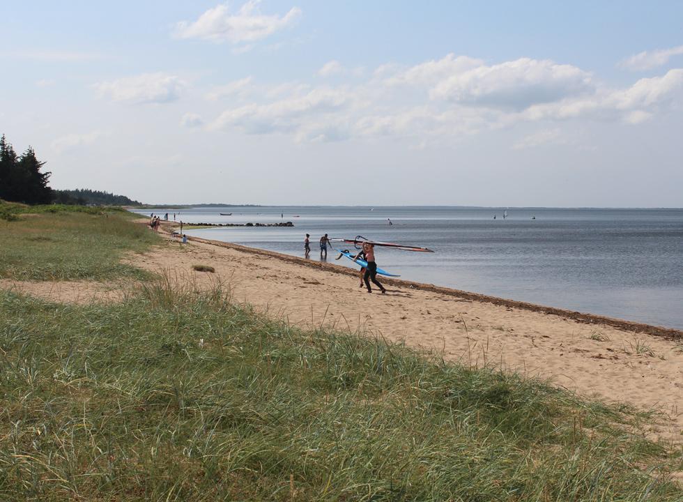 Tillbringa semestern i en stuga i skaven strand - Strand zwembad zonder grenzen ...