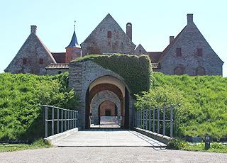 Spøttrup Middelalderborg ligger nær sommerhusområdet Spøttrup