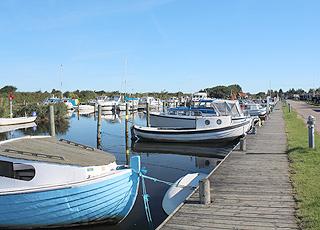 Havnen i Stauning benyttes af både fritidssejlere og lystfiskere