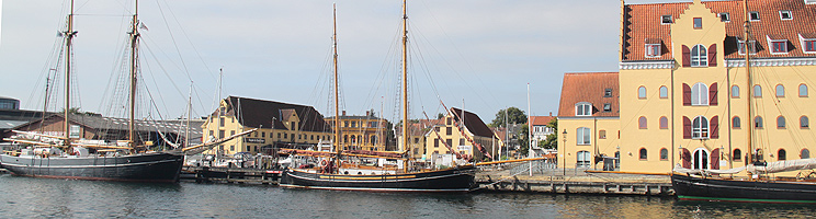 Smukke, gamle træskibe i Svendborgs Havn