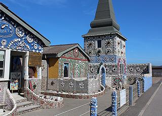 Det berømte Sneglehus i Thyborøn er dekoreret med flere millioner muslingeskaller og sneglehuse