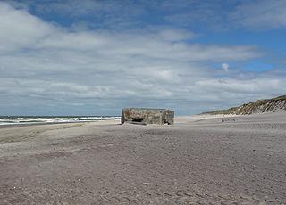 Bunker på stranden i Vedersø Klit