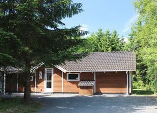 Sommerhus i grønne og afskærmende omgivelser i ferieområdet Vesterlund