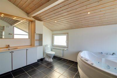 Holiday home, 11-4158, Lokken