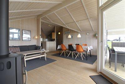 Holiday home, 11-4182, Lokken