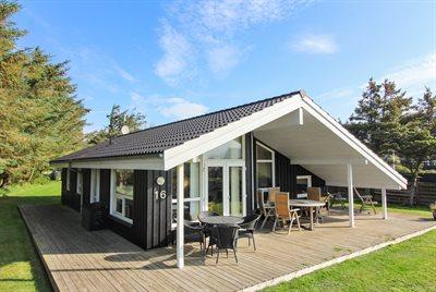 Holiday home, 11-4195, Lokken