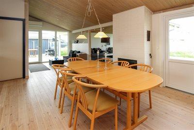 Holiday home, 11-4365, Lokken