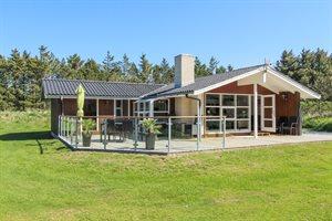 Holiday home, 11-4422, Lokken
