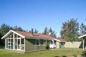 Holiday home, 11-4428, Lokken