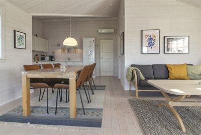 Holiday home, 11-4477, Lokken