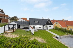 Holiday home, 11-4485, Lokken