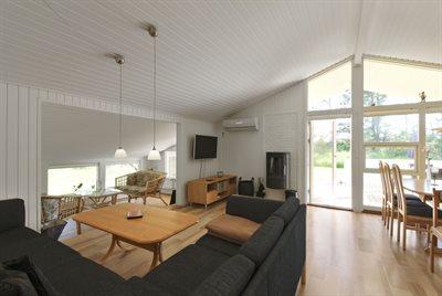 Holiday home, 12-0268, Gronhoj