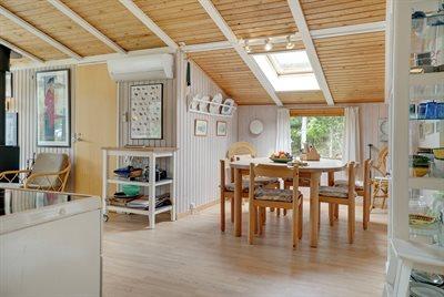 Holiday home, 12-0420, Gronhoj