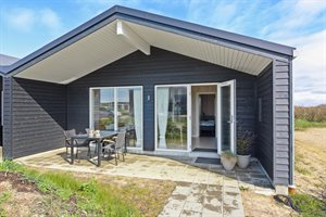 Holiday home in a holiday village, 22-1003, Sondervig