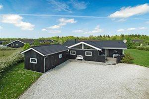 Holiday home, 24-0099, Bork Havn