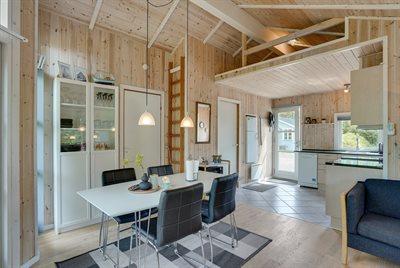 Holiday home, 24-0180, Bork Havn