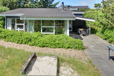 Holiday home, 25-1102, Henne
