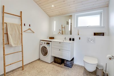 Holiday home, 25-1177, Henne