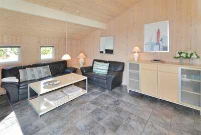 Holiday home, 25-1215, Henne