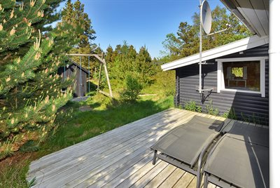 Holiday home, 25-1221, Henne