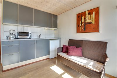Holiday apartment, 25-1282, Henne