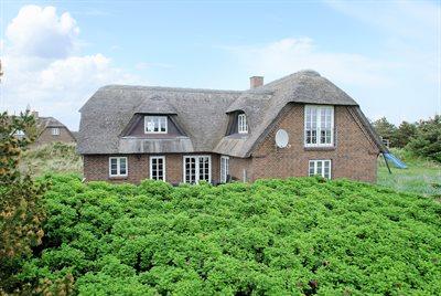 Holiday home, 26-0498, Blaavand