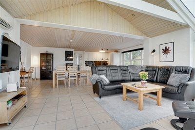 Holiday home, 26-0534, Blaavand