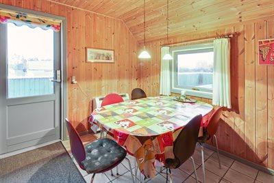 Holiday home, 26-0618, Blaavand