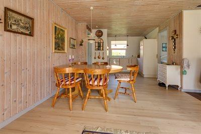 Holiday home, 48-1324, Hou