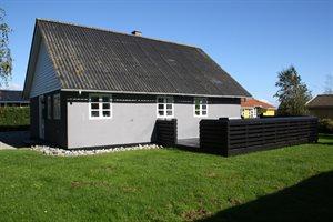 Holiday home, 60-5556, Juelsminde