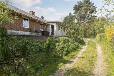 Holiday home, 63-0000, Loddenhoj