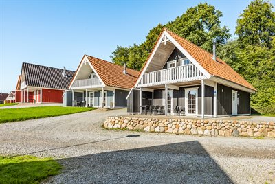 Holiday home in a holiday village, 64-3850, Graasten