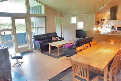 Holiday home, 65-3015, Mommark